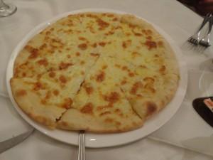 混合芝士披萨
